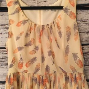 Forever 21 Feather Dress. pleated. Size L